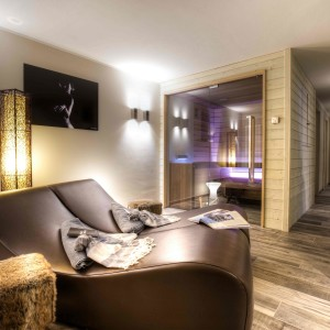 STARPOOL FIRMA LA SPA ZONE DEL PRIMO ITALIAN MOUNTAIN LODGE DI COURMAYEUR
