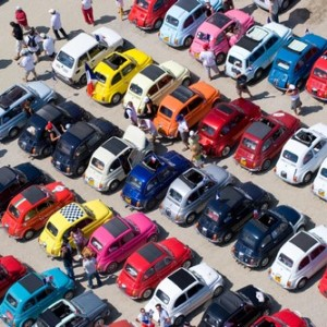 FIAT 500 A VERONA LEGEND CARS: LA PICCOLA, GRANDE MAGIA DI REGALARE UN SORRISO
