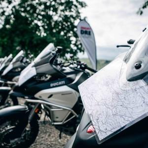 DUCATI GLOBETROTTER 90°: I MOTOCICLISTI PIU´ INTREPIDI PER UN'AVVENTURA INDIMENTICABILE